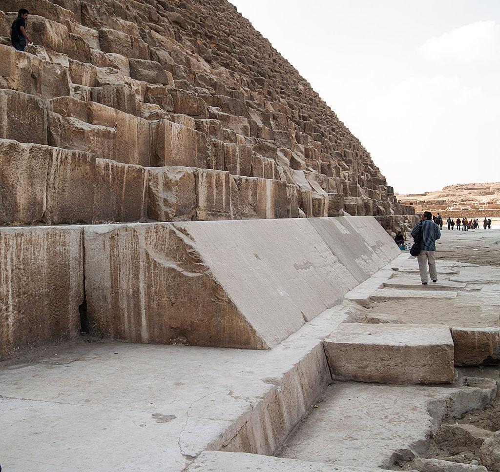 Piramida-Heopsa-2
